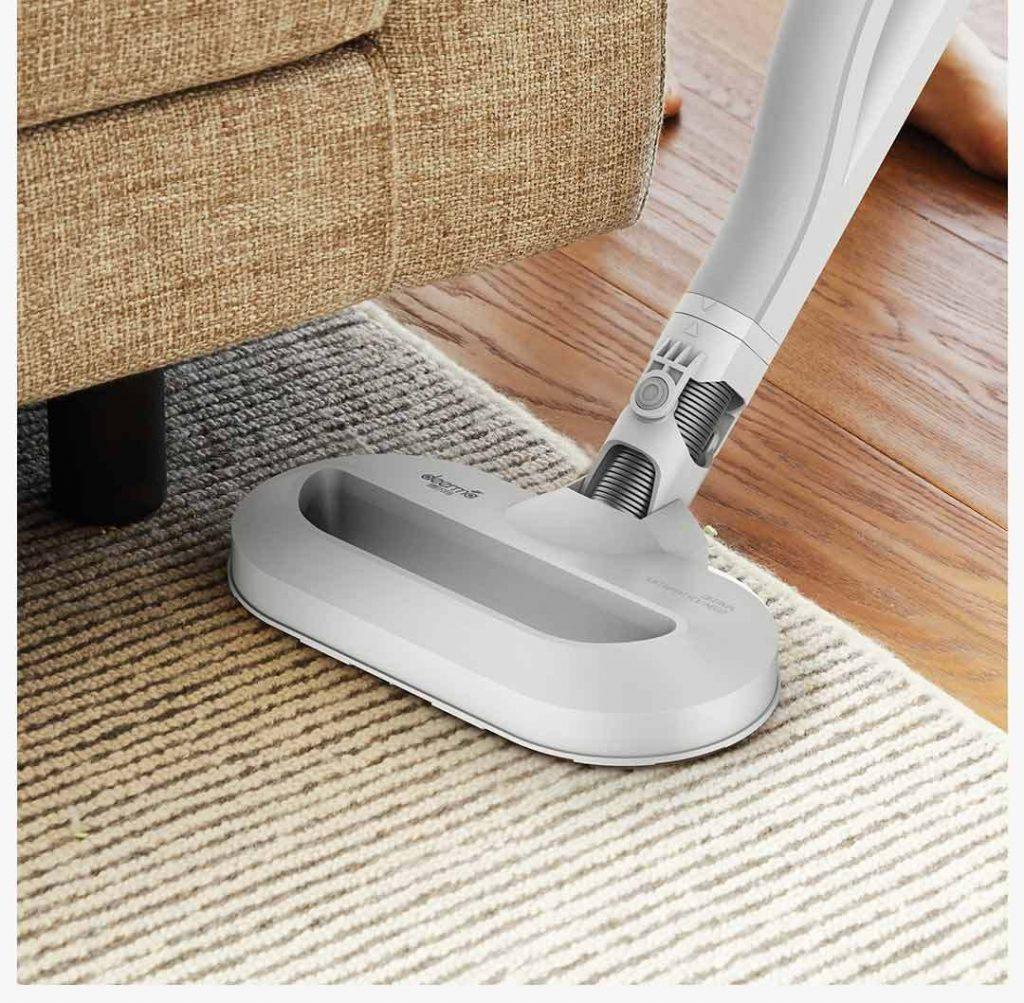 Hlavní hubice je určena k vysávání podlahy