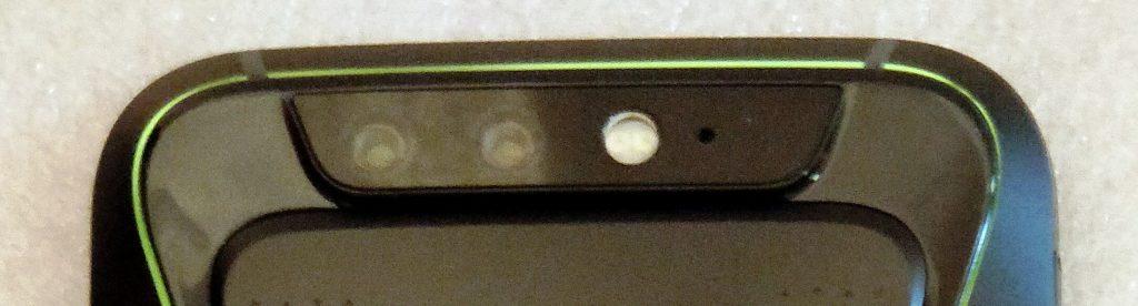 Duální hlavní fotoaparát