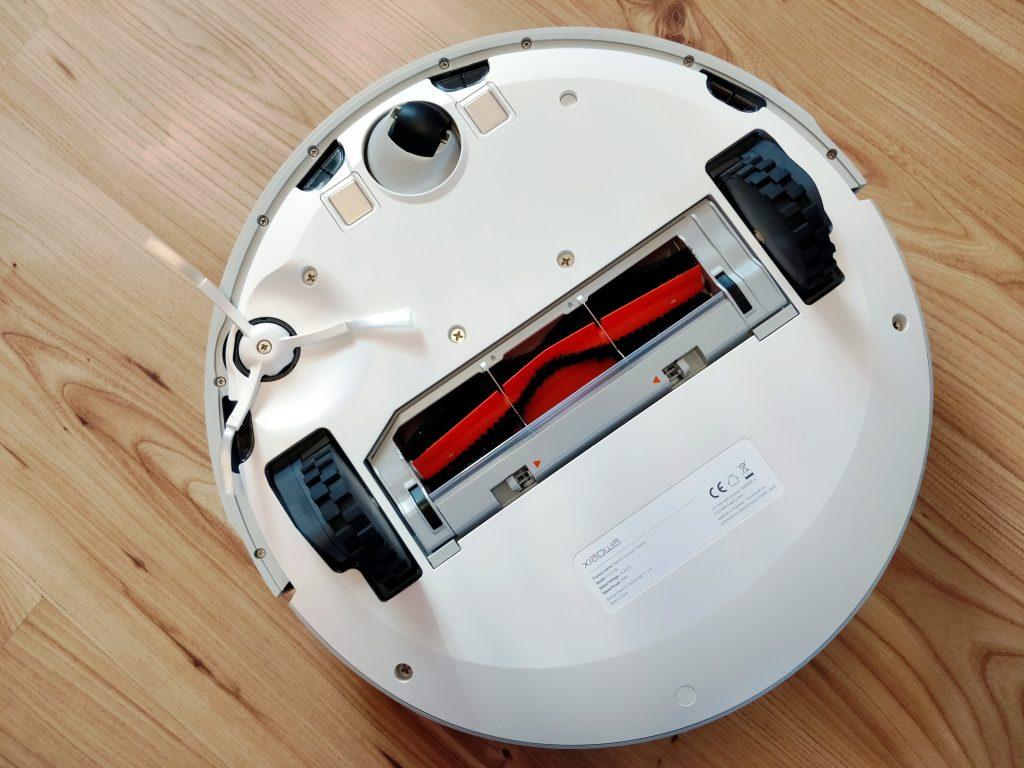 Vysavač má stejný podvozek jako Mi Robot 2