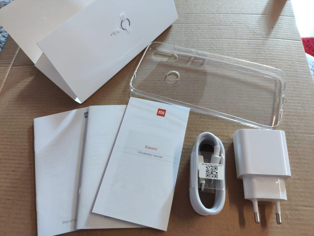 Recenze Xiaomi Redmi Note 7 - obsah balení