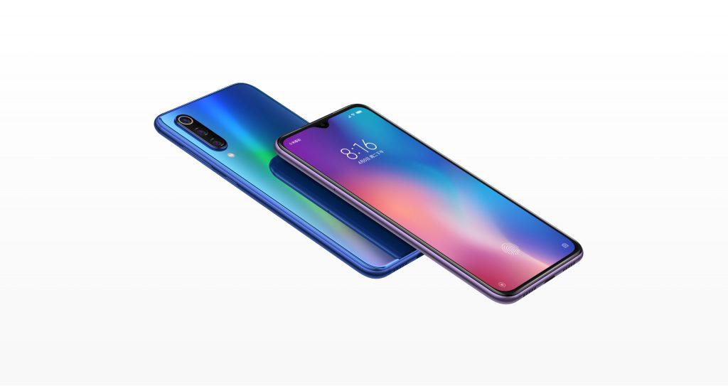 Xiaomi Mi 9 SE v modrém provedení