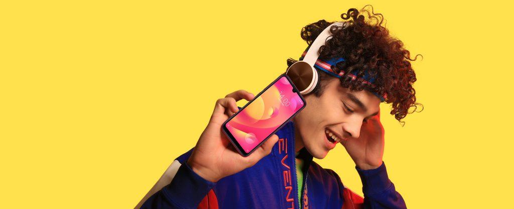 Xiaomi Mi Play míří na mladé