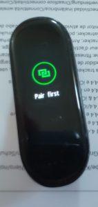 Xiaomi Mi Band 4 čeká na párování