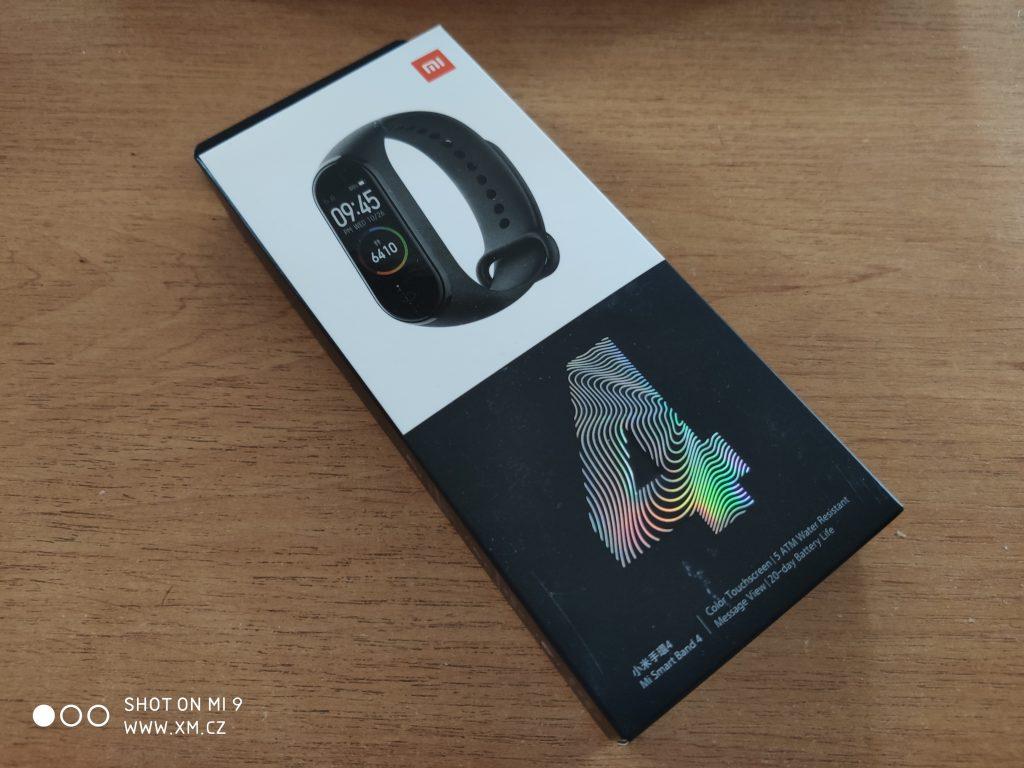 Xiaomi Mi Band 4 v krabičce