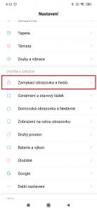 Pokračujte do sekce Zamykací obrazovka a heslo