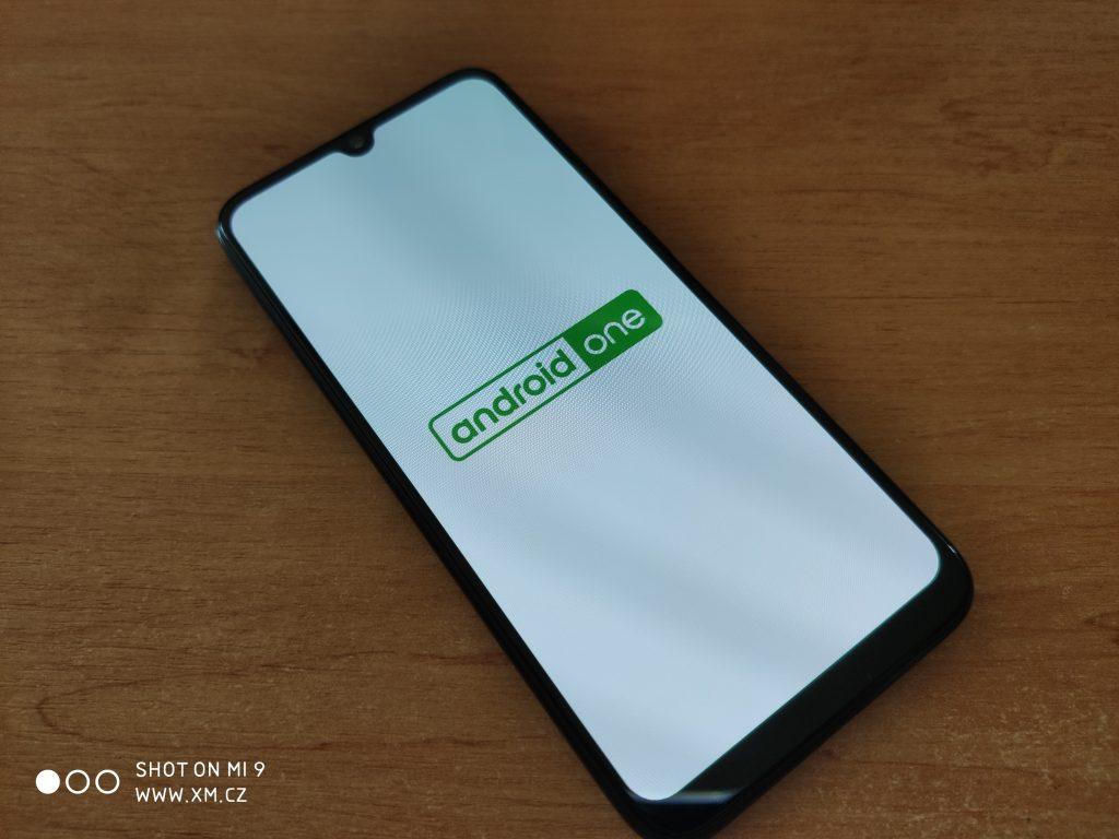 Recenze Xiaomi MI A3 může začít