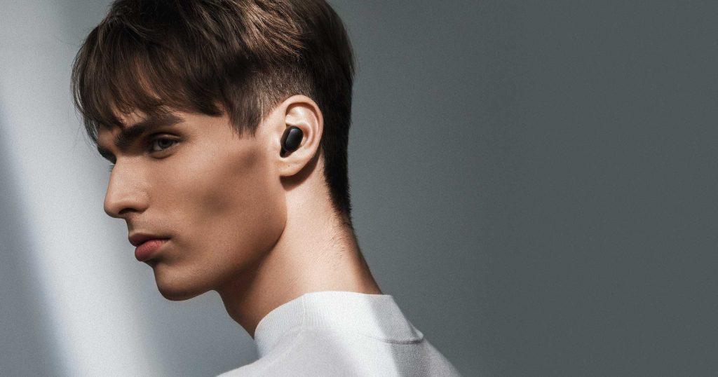 Sluchátka mohou posloužit také jako handsfree