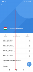 Posuňte se na konec obrazovky kontaktu
