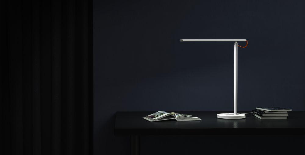 Chytrá stolní lampa Xiaomi Mi LED Desk Lamp 1S