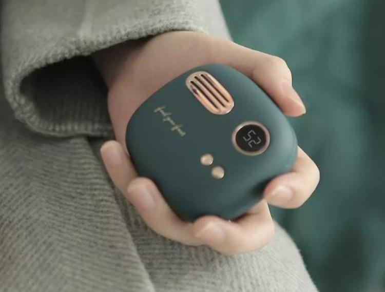 Xiaomi Powerbank and Hand Warmer
