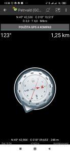 Kompas často ukazoval úplně jinam
