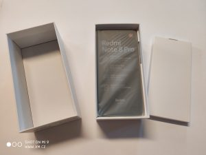 Unpacking Redmi Note 8 Pro
