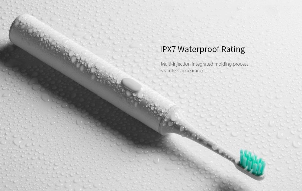 Zařízení je pochopitelně odolné proti vodě dle standardu IPX7