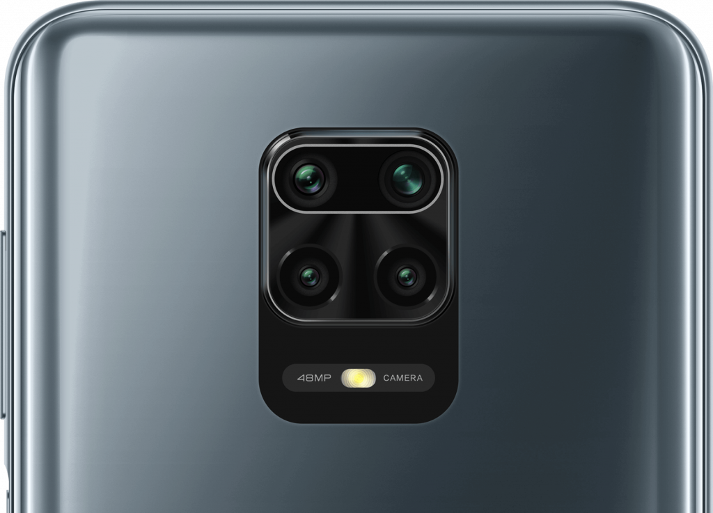 Čtyři fotoaparáty a LED blesk