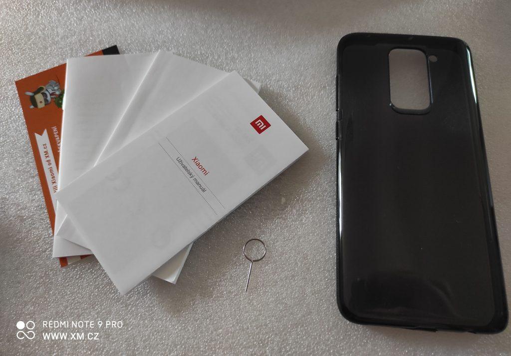 Recenze Redmi Note 9 začíná rozbalováním