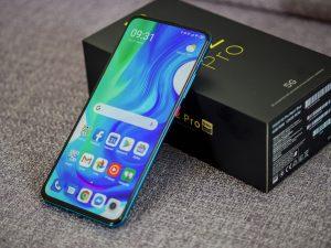 Xiaomi Poco F2 Pro displej