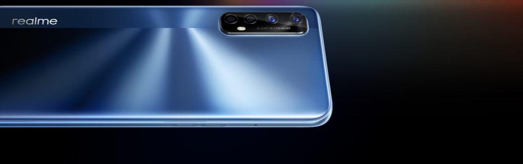 Čtyři fotoaparáty Realme 7