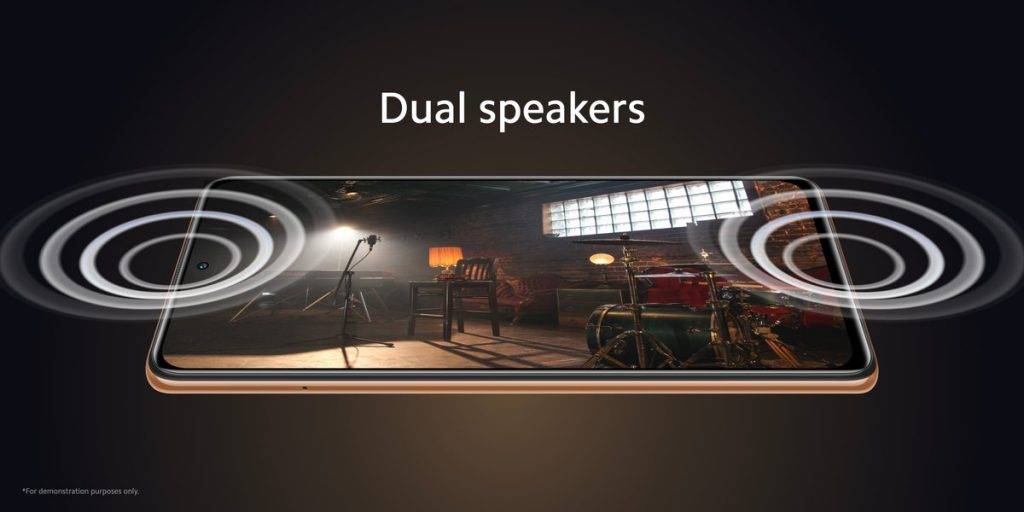 Dva hlasité reproduktory