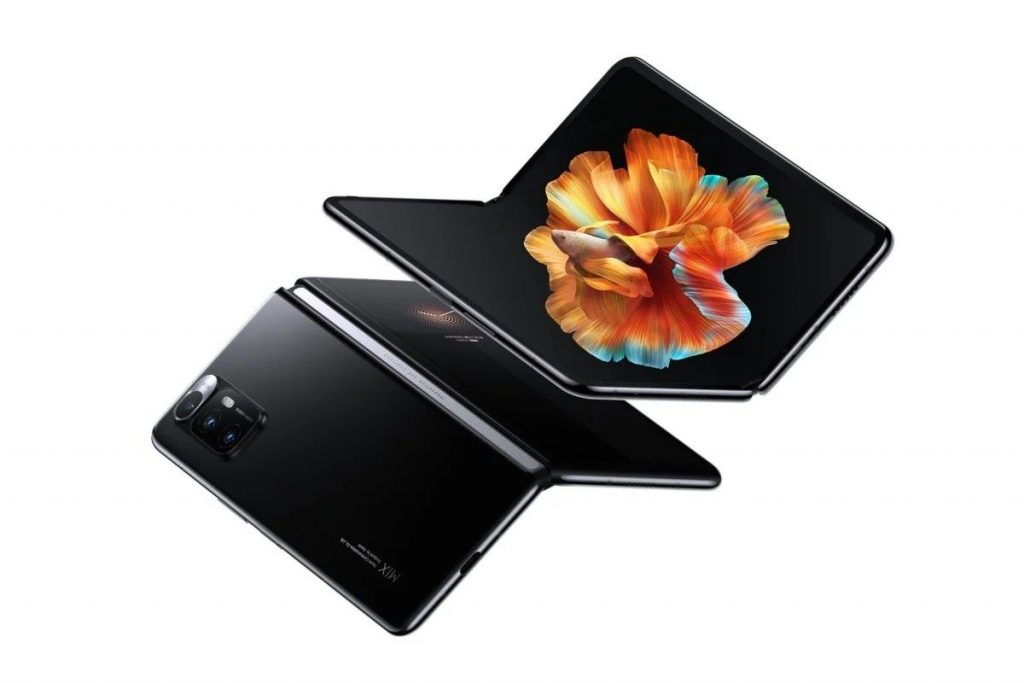 Xiaomi Mi MIX FOLD - revoluční ohebný telefon