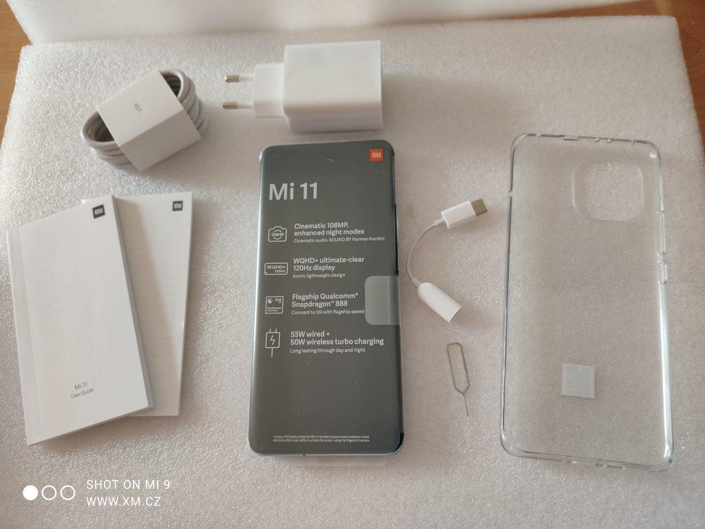 Kompletní obsah balení Xiaomi Mi 11