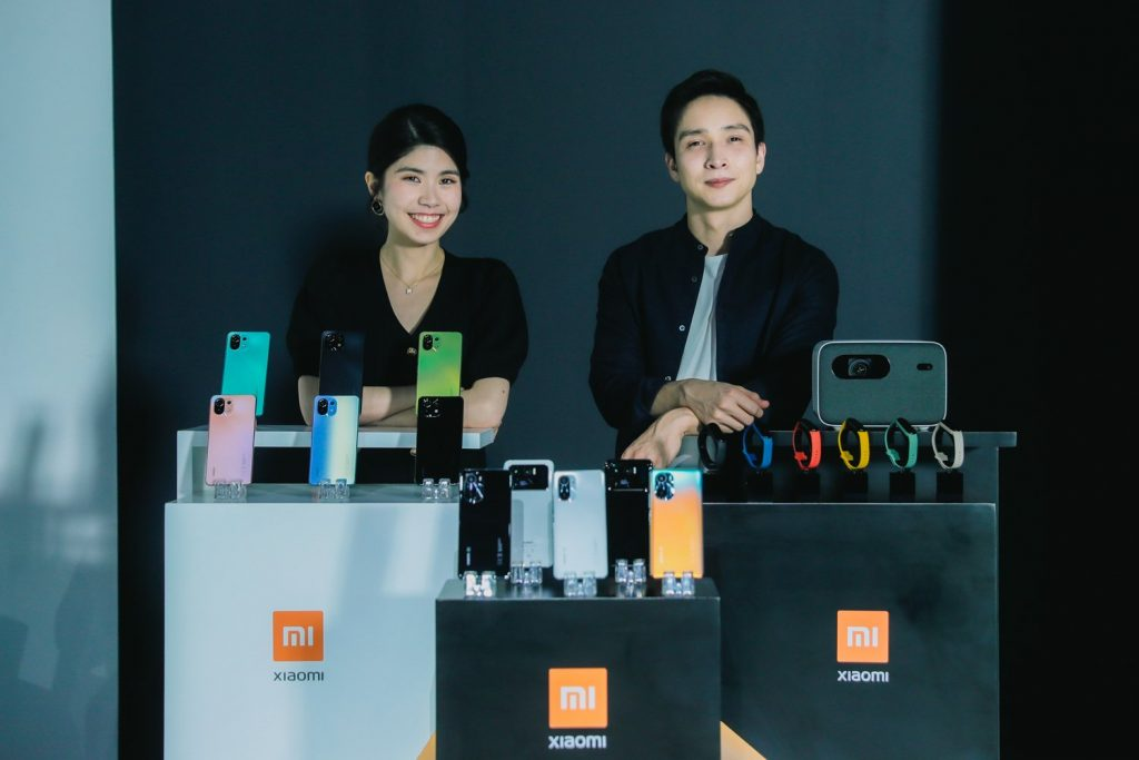 Xiaomi Mi 11 vs. Mi 11 Pro vs. Mi 11 Ultra vs. Mi 11i vs. Mi 11 Lite