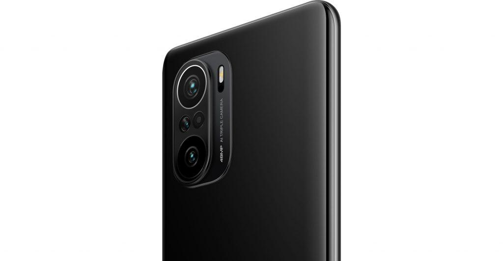 Fotoaparáty Poco F3