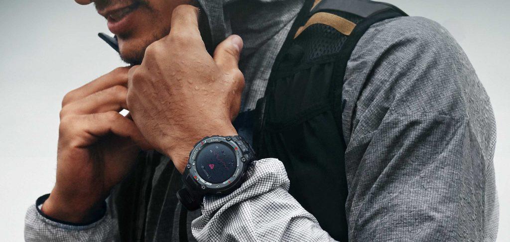 Outdoorové hodinky