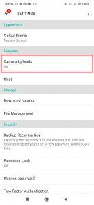 V sekci Features otevřete Camera Uploads