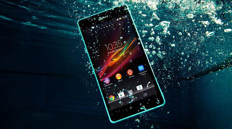 Je váš mobil odolný proti vodě? Otestujte si to aplikací, bez jediné kapky!