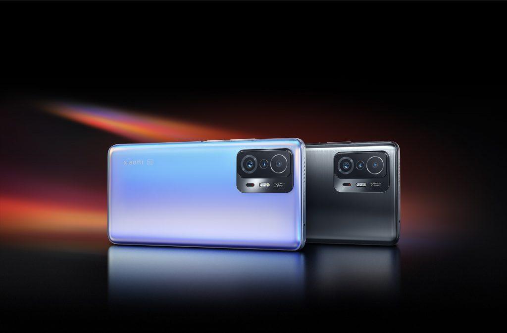 Oba telefony podporují mobilní sítě páté generace (5G)